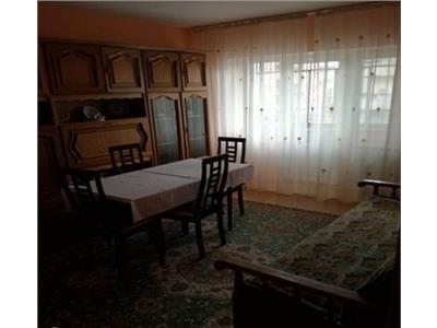 Apartament 3 camere, 65mp, Intre Lacuri